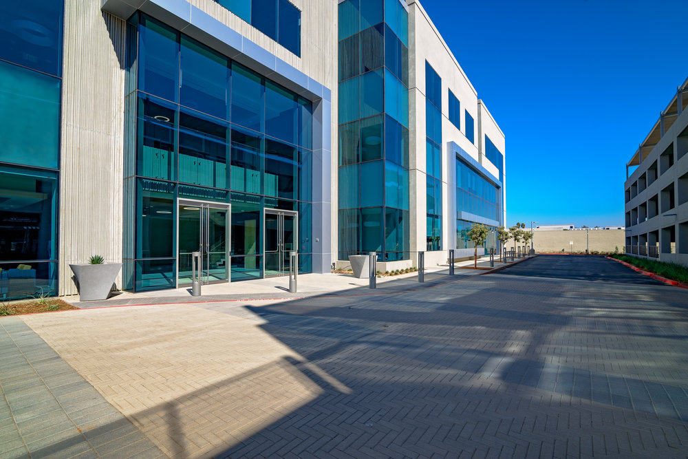 North City Office-Pima - Entry way 1 - Colliers : photo by Lance Emerson.jpg
