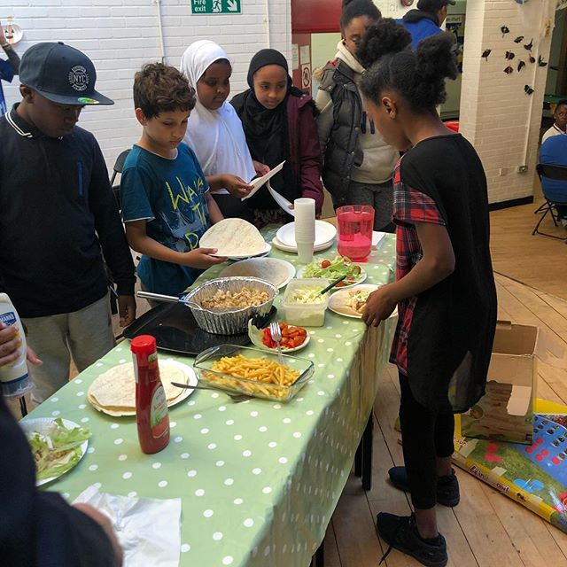 Making wraps with the #kitchensocial project. #grahamepark #syrianfood