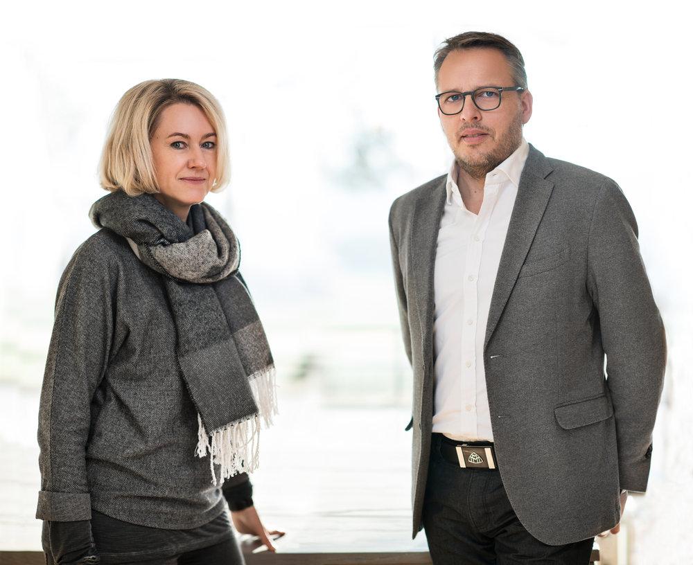 2000 - Übernahme durch Jutta Kahlbetzer & Wolfgang Thelen                                 IVKO GmbH_____Takeover by Jutta Kahlbetzer & Wolfgang Thelen IVKO GmbH