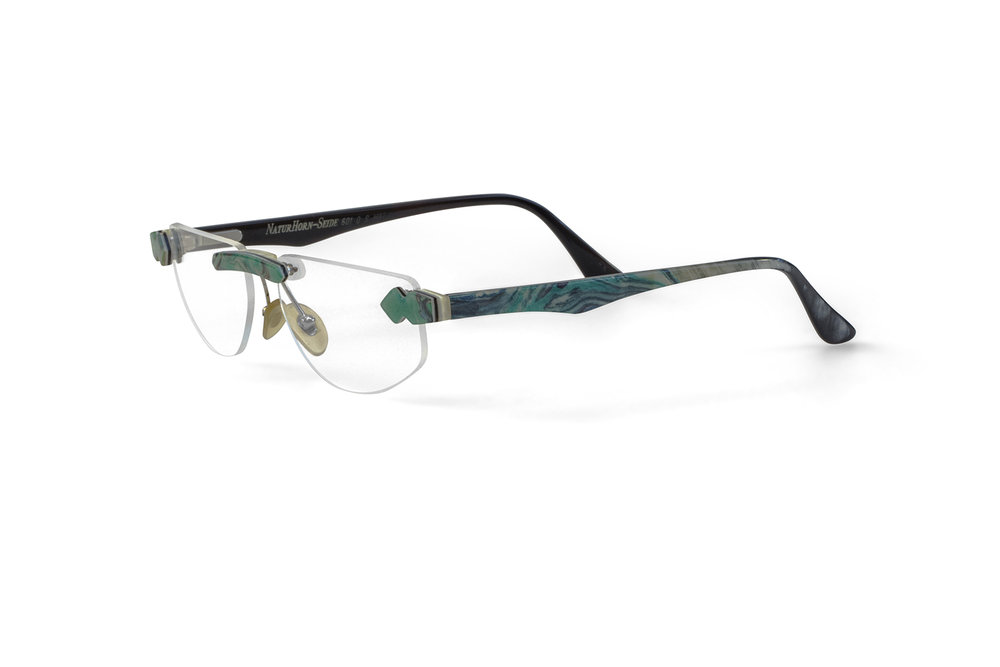 - Kollektions-HighlightRandlos mit Hornbrücke_____Collection Highlight Rimless with horn bridge