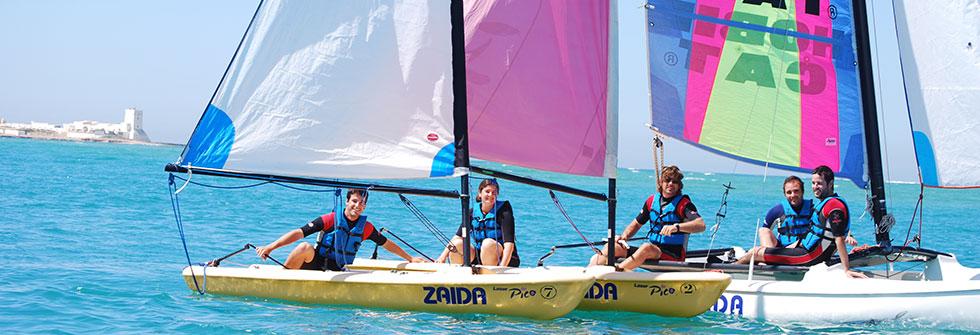 VELA Y MÁS - Cursos de vela, surf, windsurf, rutas en kayak y más.DESCUBRALAS AQUÍ