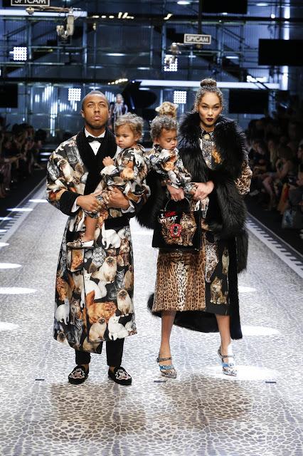 Dolce&Gabbana_women's fashion show FW17-18_Runway images (1).jpg