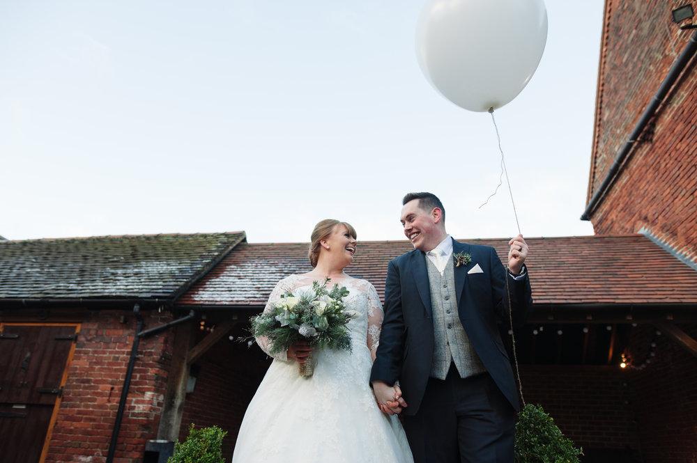 winter-wedding-balloon.jpg