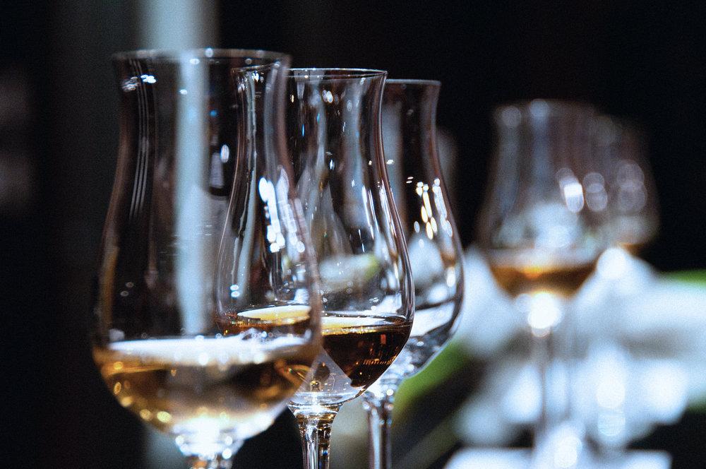Whiskey_tasting.jpg