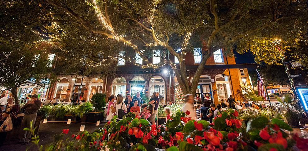 Visit-Savannah-Christmas.jpg