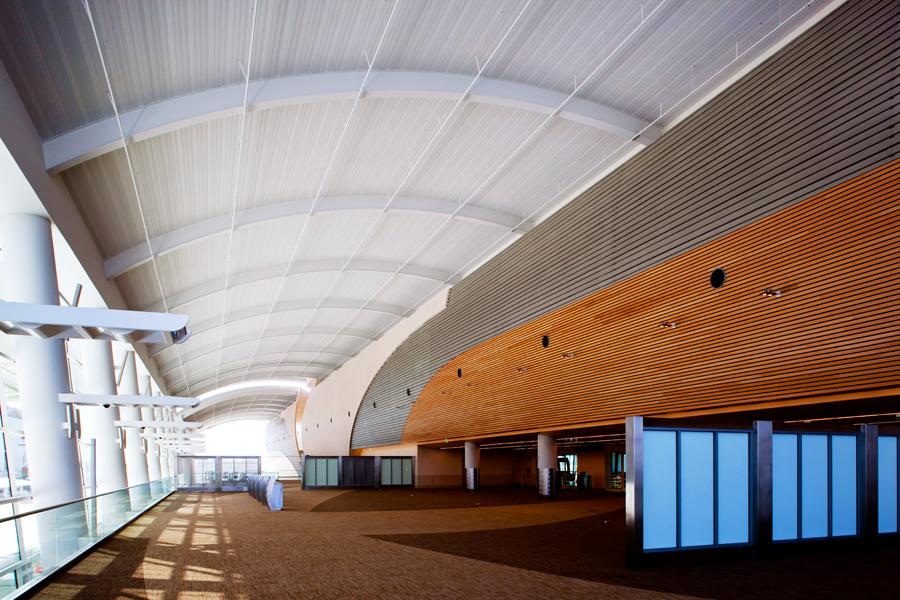 San-Jose-Airport-B030.jpg