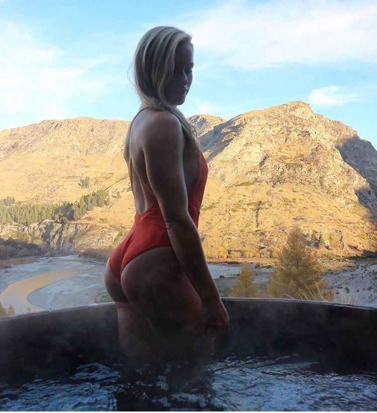 Exploring New Zealand -  Onsen Hot Pools, Queenstown
