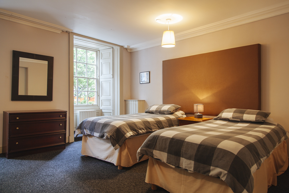 Twin private - Twin bedroom with or without ensuite bathroom.