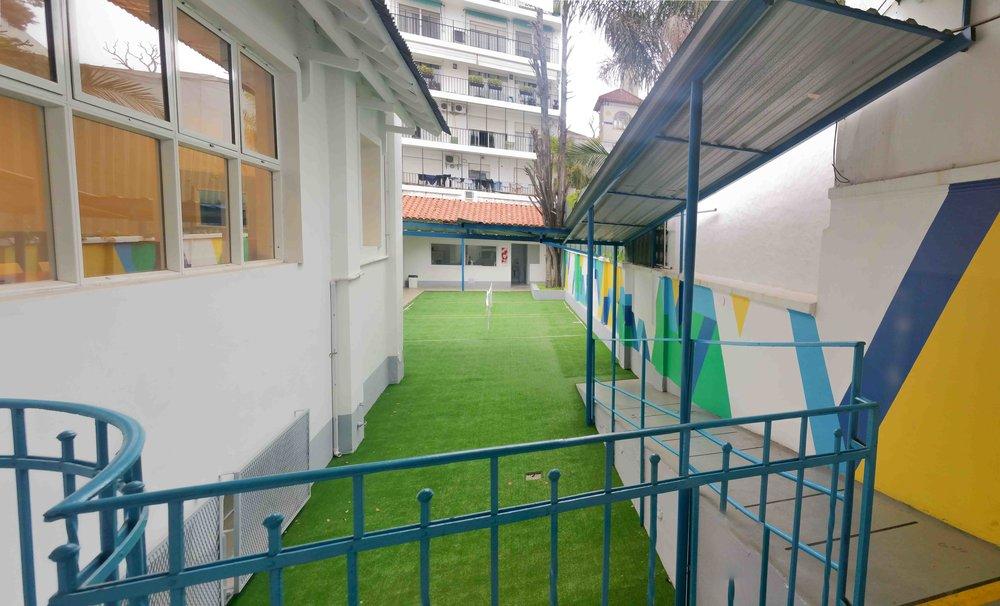 Mural aplicado a terraza semicubierta