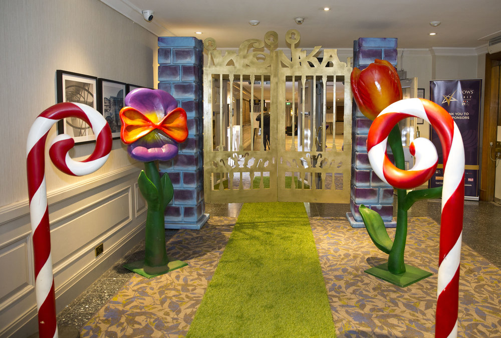 Grass aisle runner and Wonka Gates