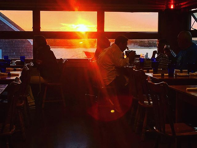 Don't miss the last dinner of the season! Make your sunset dinner reservation tonight. Call (508) 645-2679 . . . Tonight! 5-9pm  #homeportmv #menemsha #dinner #october #sunset #seasonfinale #summer2018