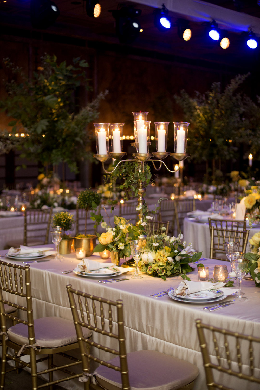 wedding-venue-night-view-table-setting