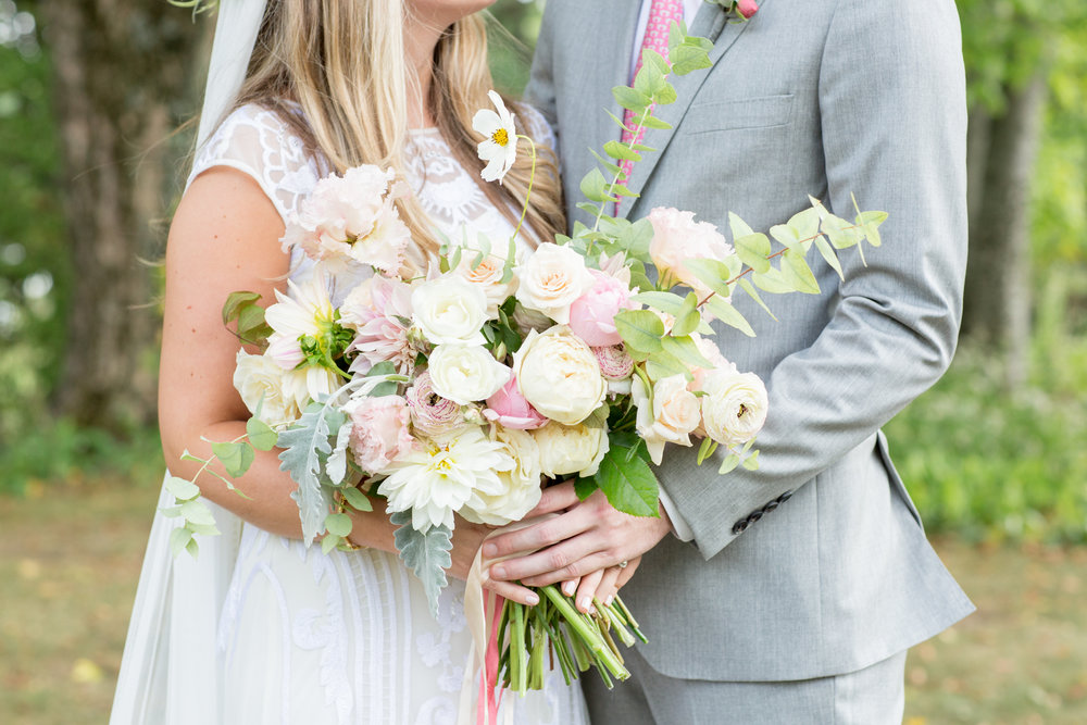 winvian-farm-wedding-pink-bowtie-connecticut