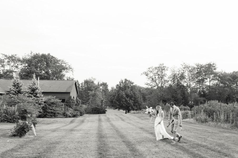black-and-white-farm-wedding-connecticut