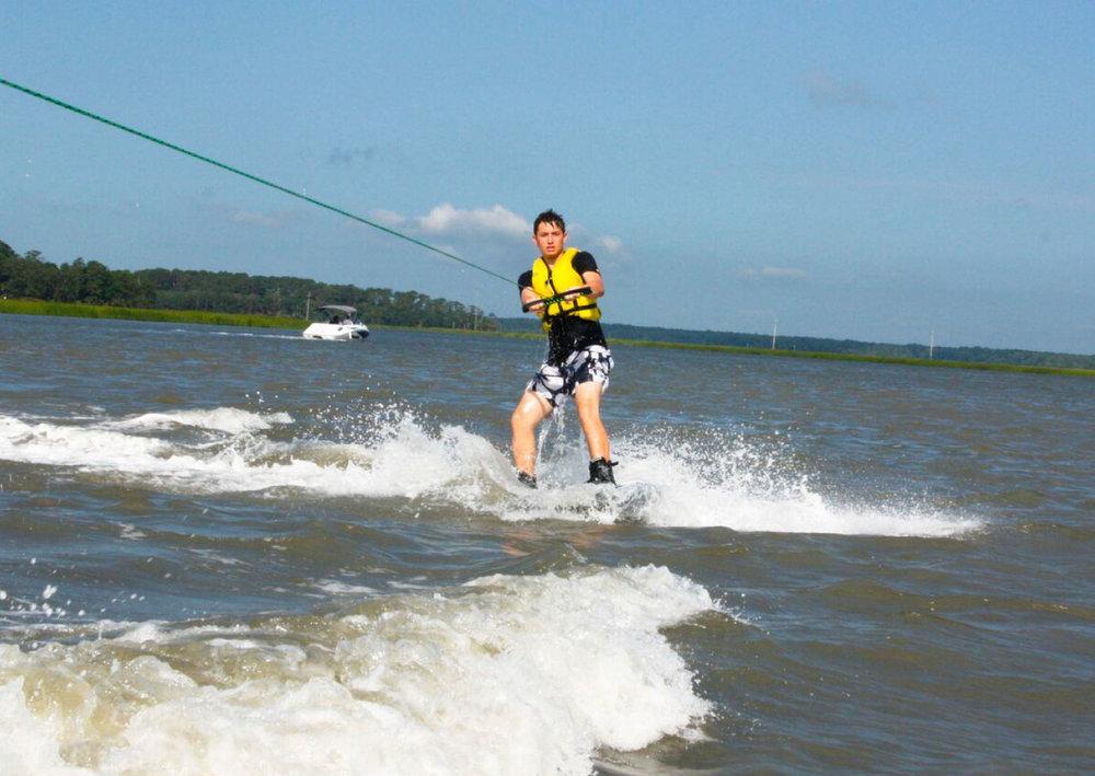 watersports-ski.jpg