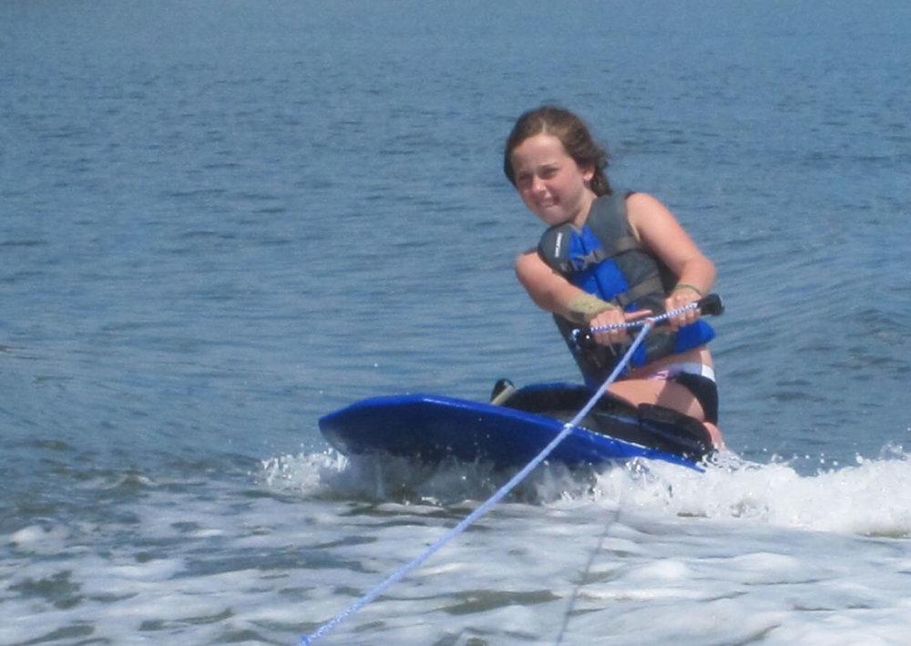 watersports-kneeboarding-savannah.jpg