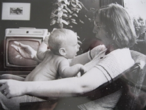 Naomi & Gabriel conversing 1974.JPG