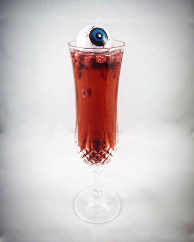 It's a #throwback #thirstythursday! Start your weekend early and send a chill down your spine with my shocktail, the Psycho Chiller, from our second eepisode featuring Better Watch Out and Black Christmas. More info on our site (link in bio☝🏽) but all you really need is some: - champagne - @stgeorgespirits raspberry liqueur - cranberry bitters and some pomegranate seeds for a fun, slimy crunch... No measurements needed - just eyeball it. #👁#🥂 #👻 #🎙 #🦇 #🍸 #shocktail #bitterswatchout #thirstythursday #fridayjr #betterwatchout #psychochiller #podcast #horrormovies #cocktails #dranks #mixology #champagne #bitters #cranberrybitters #feebrothers #champagnecocktail #raspberryliqueur #stgeorge #pomegranate #cocktail #throwback #tbt #ghoulcopbatcop #gcbc