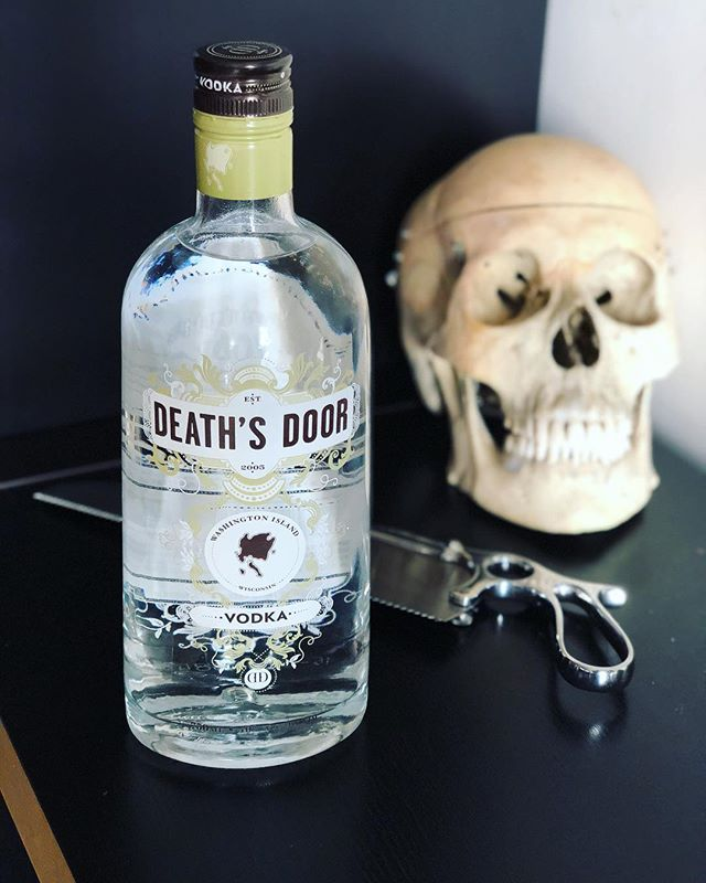 We have two new eepisodes coming out soon so Mikayla and I are spending this #thirstythursday experimenting with our spookiest spirits to bring you some #extra shocking shocktails. Stay tuned to snag the recipes and catch the episodes for Dolly Dearest and The Autopsy of Jane Doe!  #👻 #🎙 #🦇 #🍸 #boosandbooze #shocktails #podcast #horror #deathpositive #deathsdoor #vodka #skull #satterlee #bonesaw #cocktails #mixology #thurstythursday #dollydearest #autopsyofjanedoe #staytuned @deathsdoorspirits