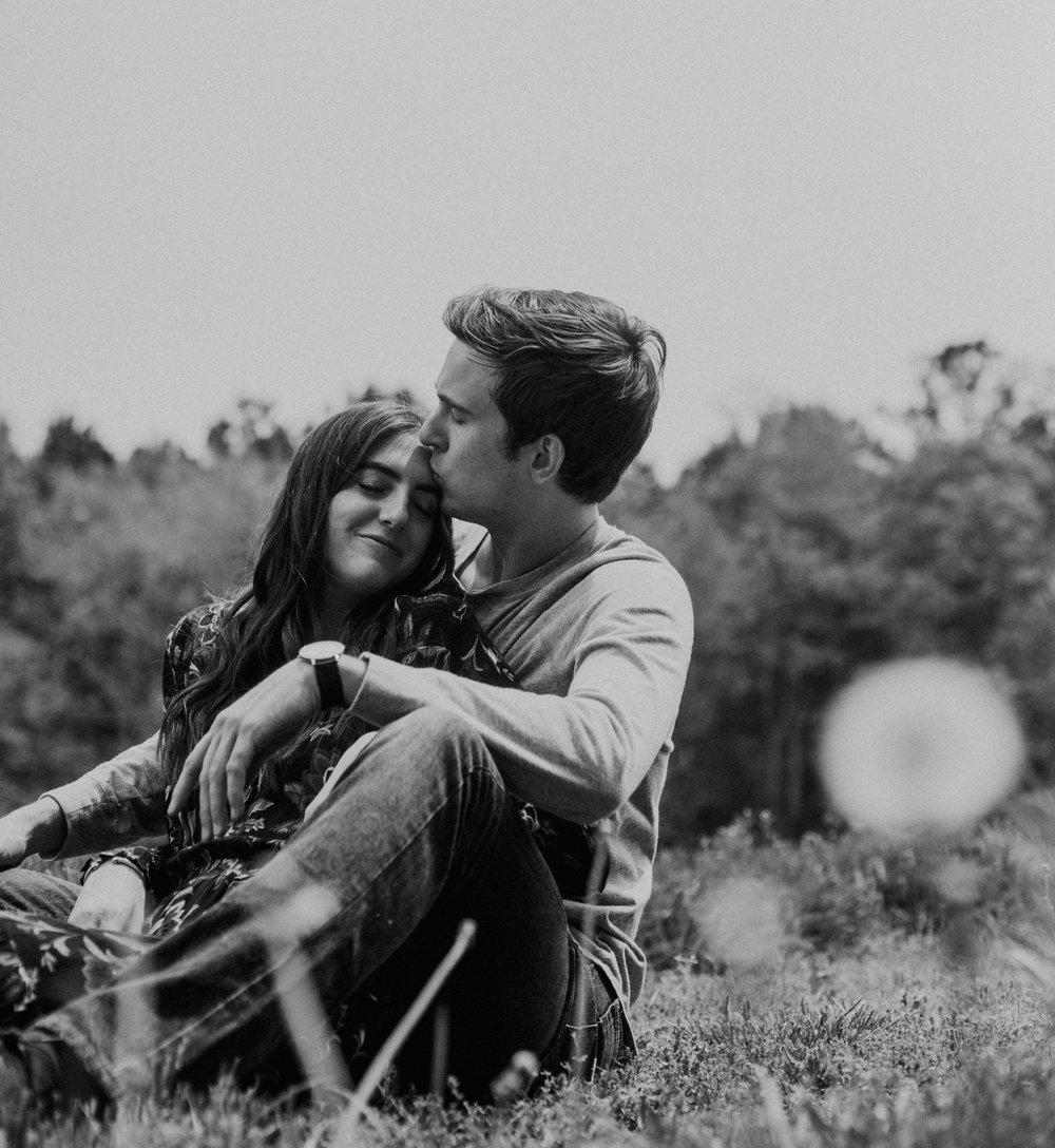 Couples Engagement photo session, vivid colors, spring engagement outfit inspiration, spring engagement photo