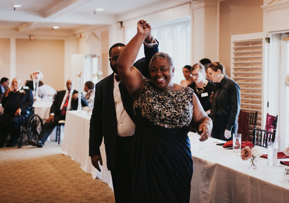 Hope Valley Country Club, Raleigh NC | Fall wedding | Wedding reception photos | Mother-Son dance photos | Marina Rey Photography
