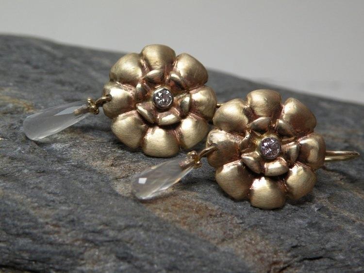 Copy of 14KT Gold Diamond Moonstone