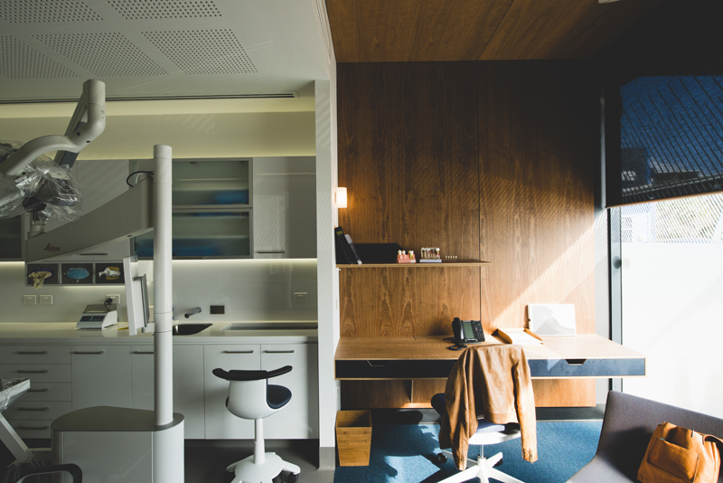 We intentionally contrasted clinical spaces with nurturing spaces. The consult zones to each surgery provide a place of contrast and interest, a space for a partner to wait and a place to put your things.