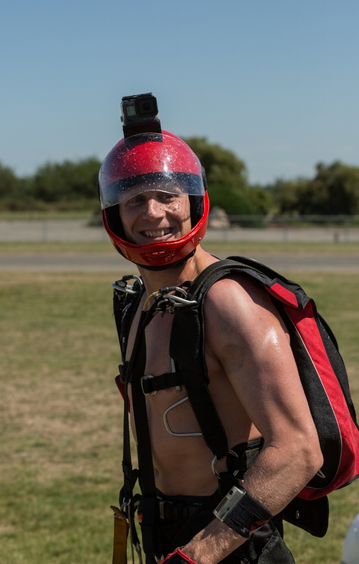 Steve gregor - sport skydiver based in christchurch