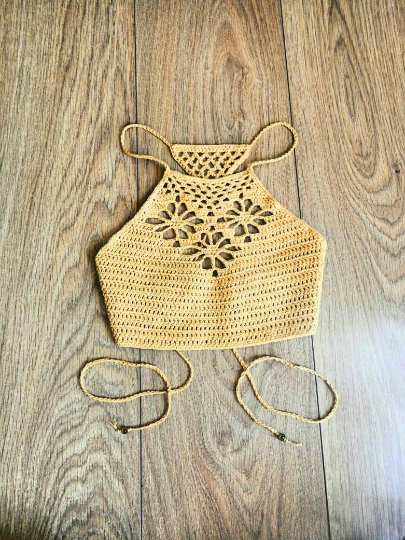 Three Flowers Crop Top Crochet Pattern Nomad Stitches