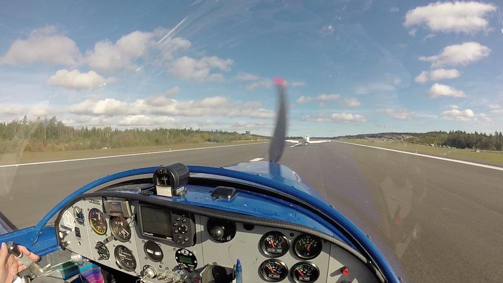 Take off Gullknapp YZA og YPW.jpg