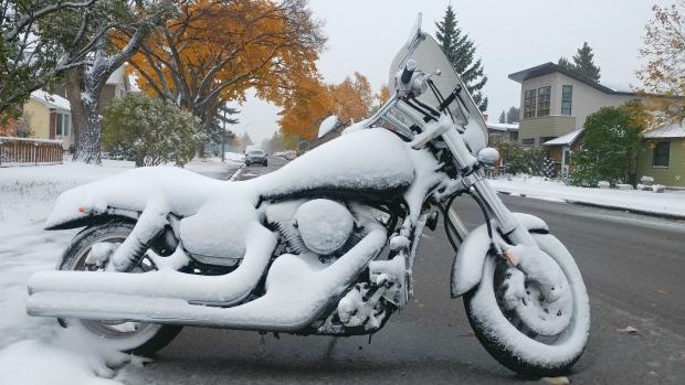 motorcycle-snow.jpg