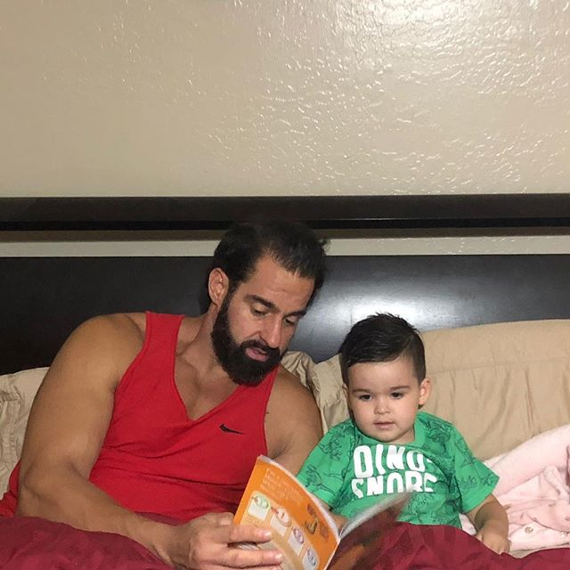I love being a dad to my two beautiful girls @ravyndakota and @isabellebarnett_ and my son baby John.  I have a confession to make, sometimes I fail as a dad and sometimes I lose my cool.  But  Don't we all do that, we try so hard to create this perfect life but the reality is there is no perfection. The ups and downs are what build character and the times when we fail as a parent are learning experience's.  What I do know is I will work ass off to show them the value of hard and following your dreams and I will continue to create amazing memories that will last a life time.  So here is to being an imperfect parent in a very imperfect world.  With ❤️, Coach, JV