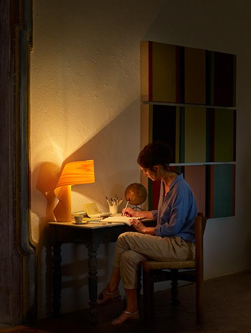 lzf-wood-lamp-table-workingsite.jpg
