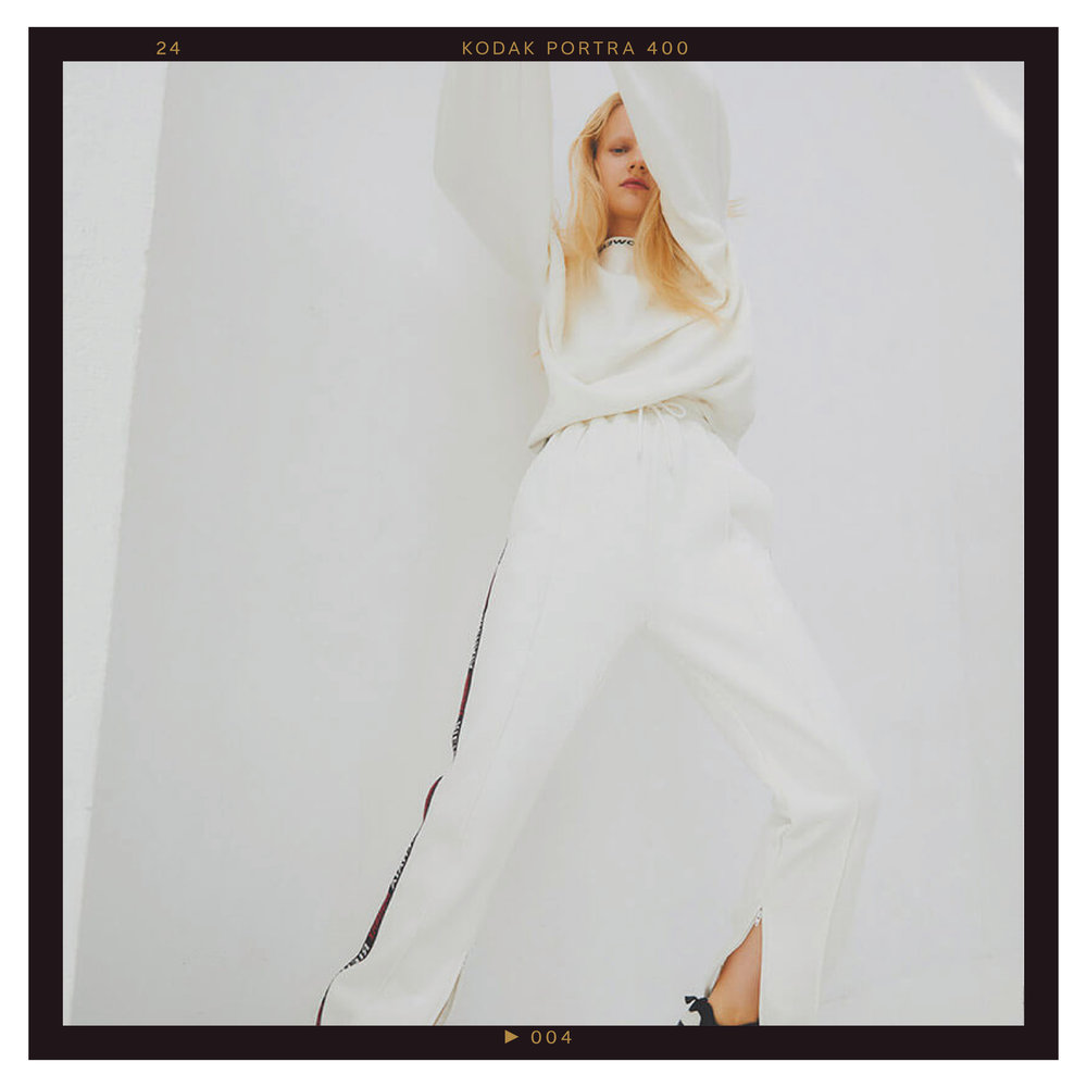 MoussyStudiowear4.jpg