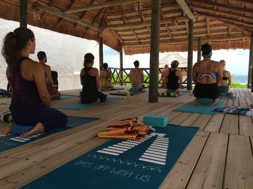 yoga-puerto-morelos.jpeg