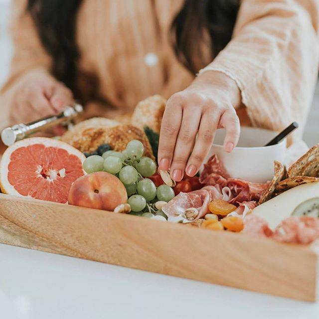 Eat pretty food my friends 😋😍! 📸: @robbie_photographe • • • • • • • • • • #plato #orderplato #foodfluffer #bakinglove #forthemaking #eatpretty #damnthatsdelish #forkfeed #shareyourtable #hautescuisines #recipeoftheday #thefeedfeedbaking #eatprettythings #saveurmag #bonappetitmag #droolclub #huffpostfood #eeats #buzzfeedtasty #makesmewhole #goodmoodfood #bghfood #beautifulcusines #foodstylist #tohfoodie #marthafood #f52prespring #bombesquad