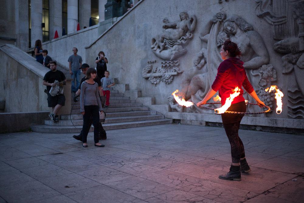 2014-8-Paris-Fire_Hooping-136.jpg