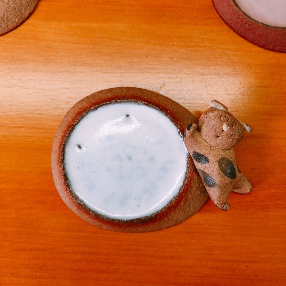 椿屋陶芸館 人気の猫の箸置き