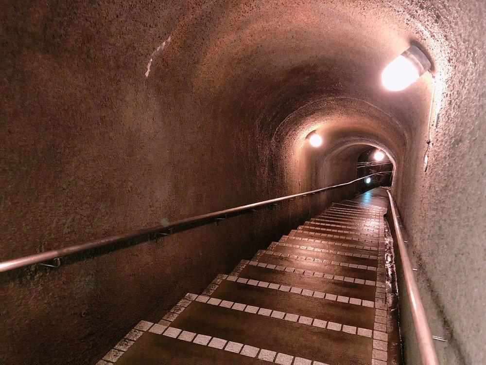 佐渡金山 宗大夫坑(そうだゆうこう)江戸金山絵巻コース 階段