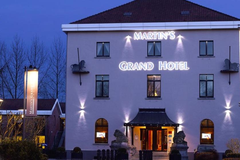 via Martin's Grand Hotel