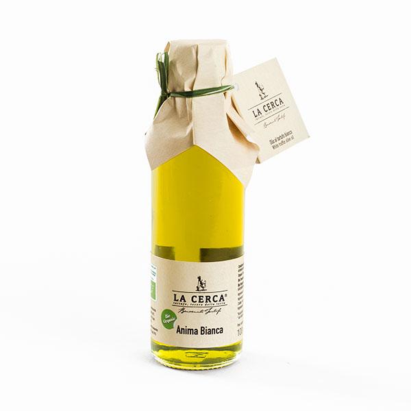 ANIMA BIANCA - Ingredienti: Olio extravergine di oliva*, aroma naturale*. * da agricoltura biologica ITALIANA.Peso netto: 60 ml, 100 ml.Scadenza e modalità di conservazione: 18 mesi dalla data di imbottigliamento.Confezioni: bottiglia di vetro.Uso Consigliato: Molto versatile, arricchisce qualsiasi pietanza. Ideale per antipasti, primi piatti, secondi di carne o uova.100% TARTUFO ITALIANO, Regione Marche. Senza conservanti, additivi e coloranti; con aroma naturale Biologico.PRODOTTO ARTIGIANALE