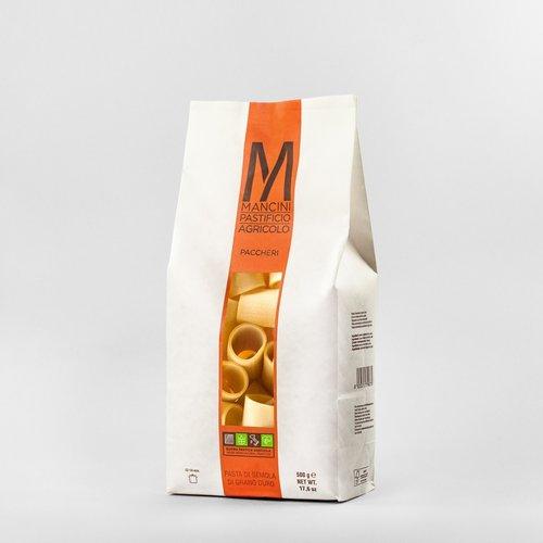 PACCHERI - La nostra pasta è prodotta da grano duro prodotto direttamente dalla nostra azienda. Gli unici ingredienti sono la semola e l'acqua, trafiliamo la nostra pasta al bronzo e la lasciamo seccare ad una temperatura di 44°C, e la pasta corta è lasciata asciugare per 20 ore. I Paccheri hanno un diametro di 30mm ed una lunghezza di 50mm. Il tempo di cottura ideale è tra i 12 e i 14 minuti.