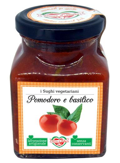SUGO POMODORO E   BASILICO  - Descrizione: Solo il sapore dei dolcissimi pomodori, coltivati nelle nostre campagne marchigiane sotto il sole, e l'aroma del basilico fresco appena raccolto. Preparato secondo tradizione. Senza l'aggiunta di conservanti, ne coloranti. E' un sugo fresco e mediterraneo pronto per avvolgere di sapore la tua pastaIngredienti: Polpa di Pomodoro 95%, Basilico 3 %, Olio Extra vergine di Oliva, Sale Marino Iodato, Aglio, Zucchero. Consigli per la Preparazione: Pronto all'uso. Ideale con la pasta fresca e secca il sugo è pronto da versare direttamente sulla pasta appena scolata. Per esaltare il sapore degli ingredienti si consiglia di scaldarlo a fuoco lento o nel microonde dopo aver aperto il vasetto. Ottimo anche per condire pizza, carni, pesce e crostini.