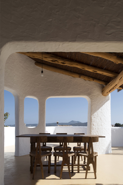 outdoor terrace manuel jorge 2.jpg