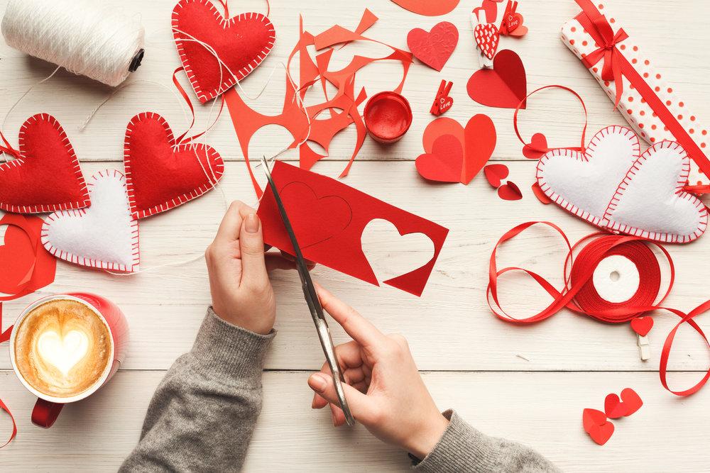 valentine-day-handmade-scrapbooking-background-PXEQXRX.jpg