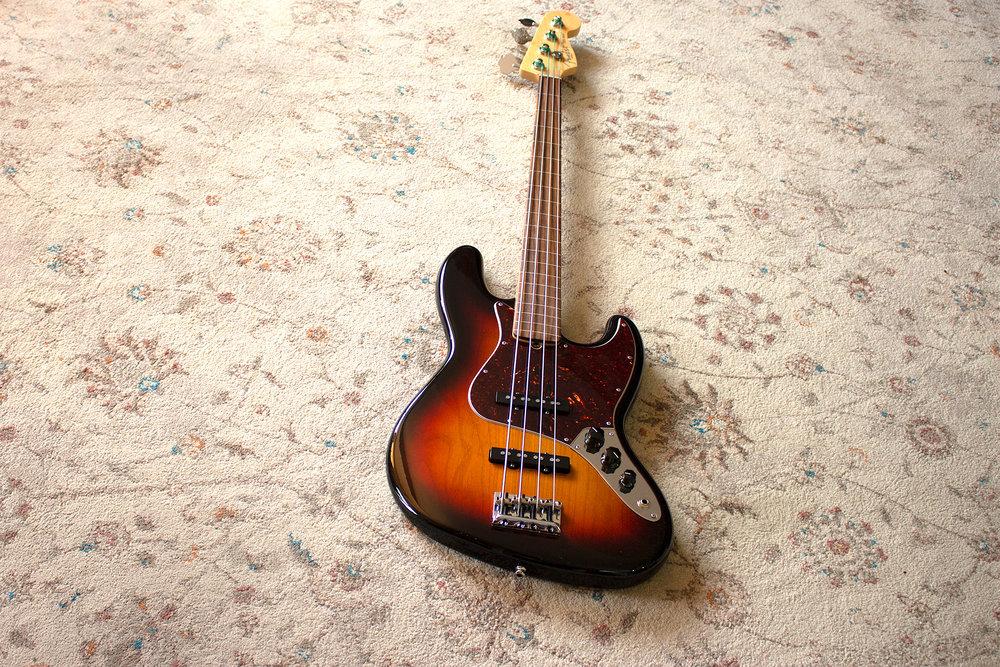Fender Fretless Jazz Bass