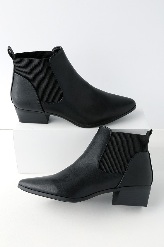 Ankle Boots - Perfect for achieving a dark look while maintaining elegance.