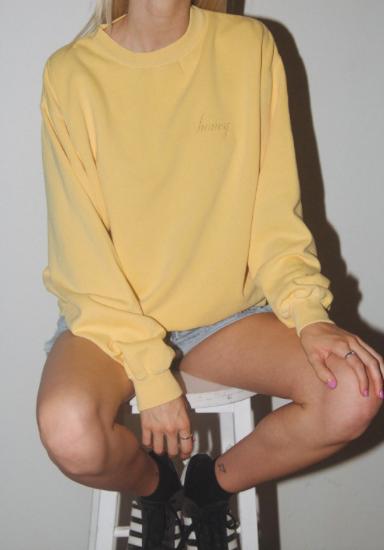 Yellow sweatshirt -
