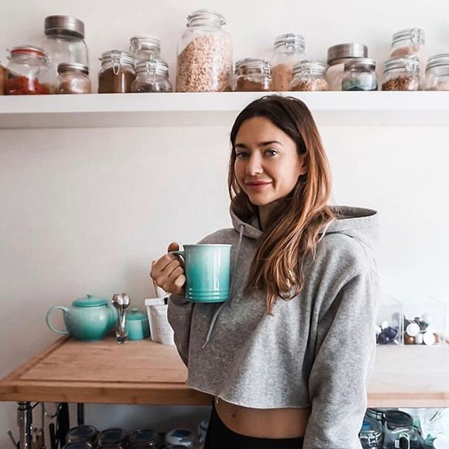 We would be in a cute crop sweater sipping tea too, @victoriadehaty 😩#Livingthroughyouinthiscanadianweather
