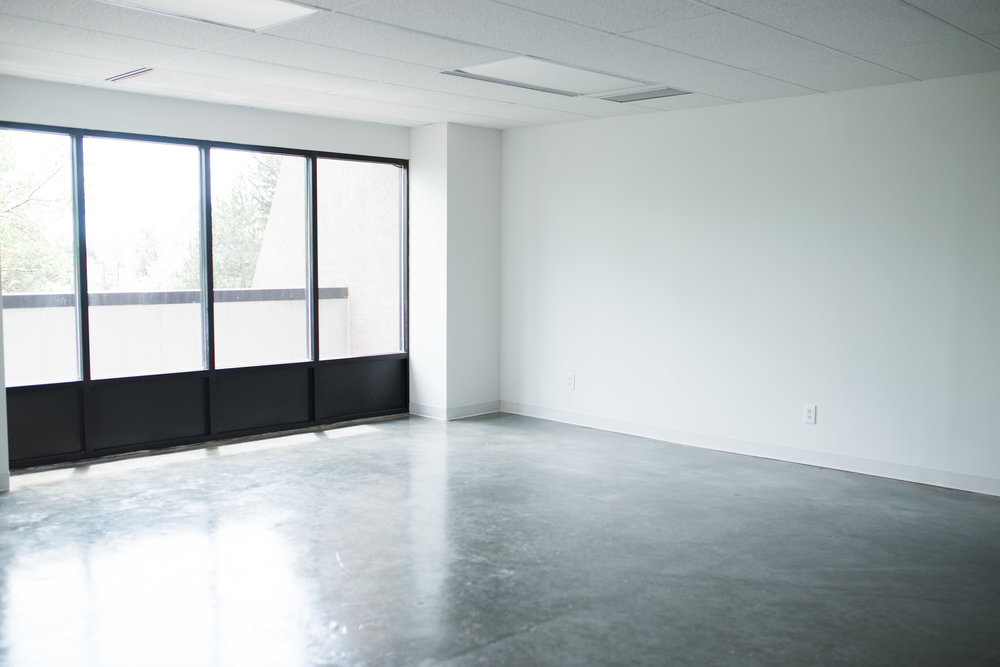 Denver-Photo-Studio-For-Rent-Colorado-Rental-Photography-Studio-Photographer-Studio-for-Rent-Elissa-Woog-Photography